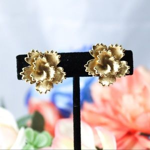 Vintage Monet Gold Tone Rose Clip On Earrings